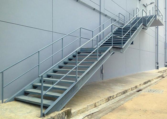 Escalier sur-mesure à Bourgoin-Jallieu